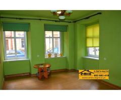 2 pokojowe mieszkanie na parterze w centrum Jawora, nadaje się na biuro, sklep, itp.